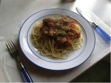 Spagetti med tomatröra